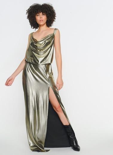 Zeynep Ökmen Elbise Altın